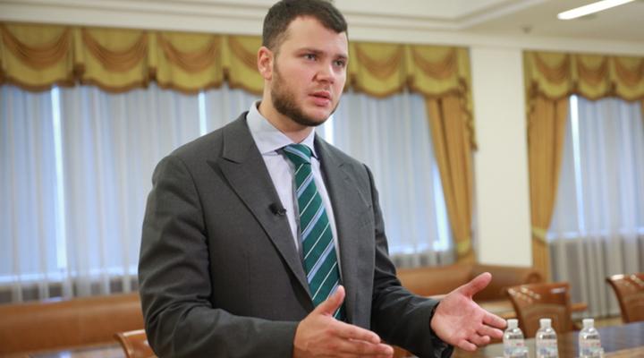 министр инфраструктуры Владислав Криклий за увеличение доли лоукостеров