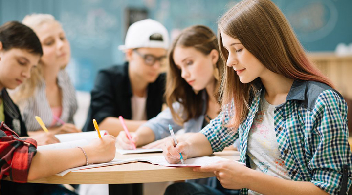 програма канадського уряду для молоді - «International Experience Canada»