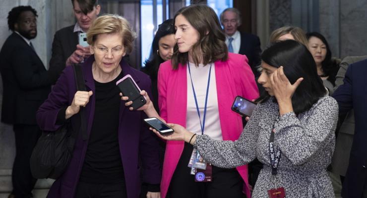 Элизабет Уоррен: я главный конкурент Трампа в Белом доме