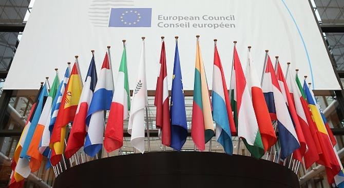 Совет Европы будет следить за ситуацией с верховенством закона в Польше