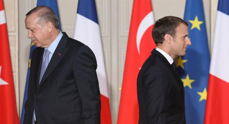 Турция и Франция захватили Ливию