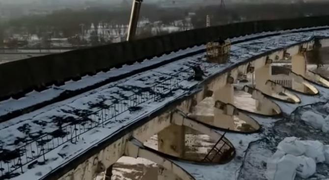 Обрушена крыша спортивно-концертного комплекса, есть жертвы