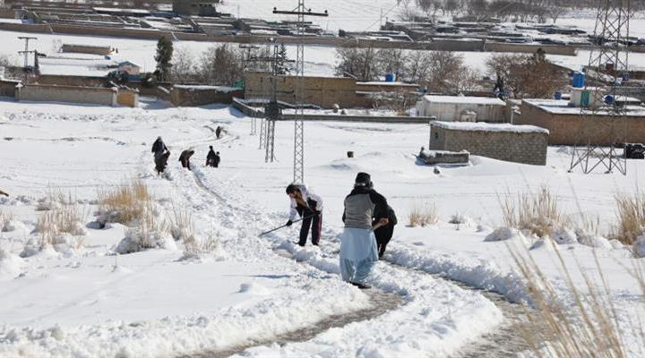 41 людина загинула в результаті сильного снігопаду і проливних дощів в Пакистані