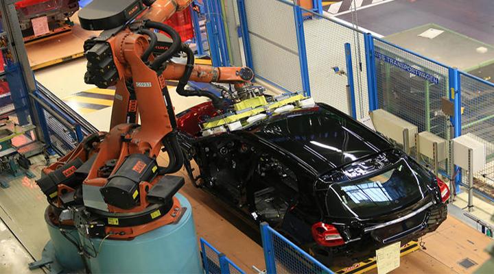 через зростання виробництва електромобілів в німецькій автопромі очікуються масові звільнення