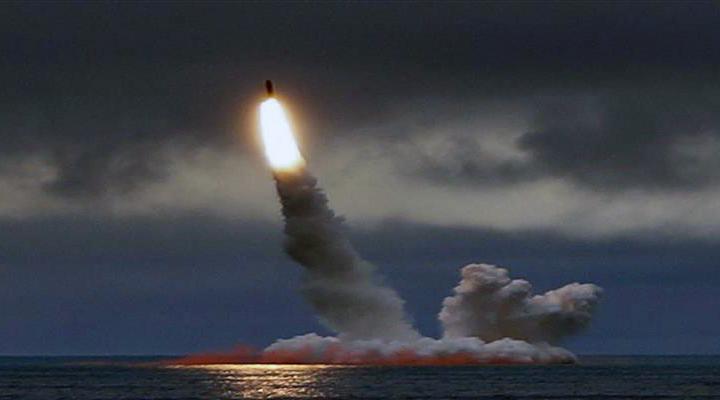 министр обороны Швеции Петер Хультквист предлагает сократить арсеналы ядерного оружия