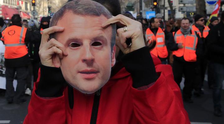 уряд Франції схвалив проект пенсійної реформи