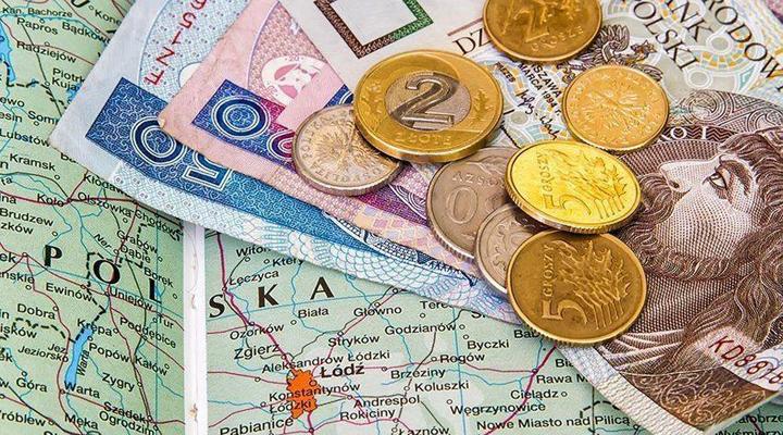 средняя зарплата украинцев в Польше