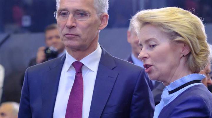 Урсула фон дер Лайен призывает возобновить переговоры