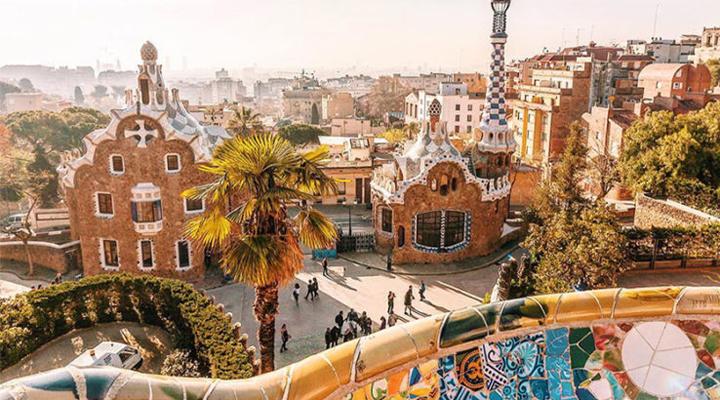 в 2019 году первое место по популярности заняла Барселона