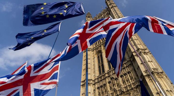в Еврокомиссии заявили, что на Британию могут быть наложены штрафы