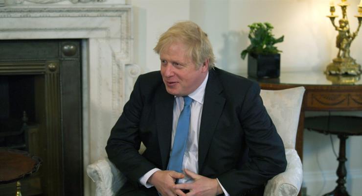 Лондон планирует ввести таможенный и пограничный контроль на товары ЕС