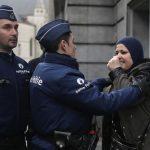 Бельгійські поліцейські вистрілили в жінку, яка нападала на людей з ножем