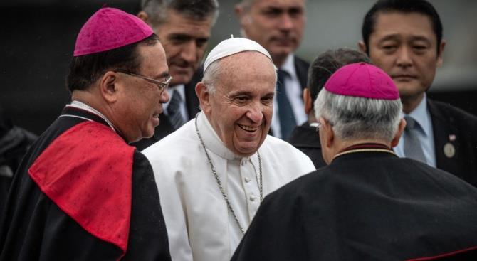 Папа Франциск призвал к преодолению бедности