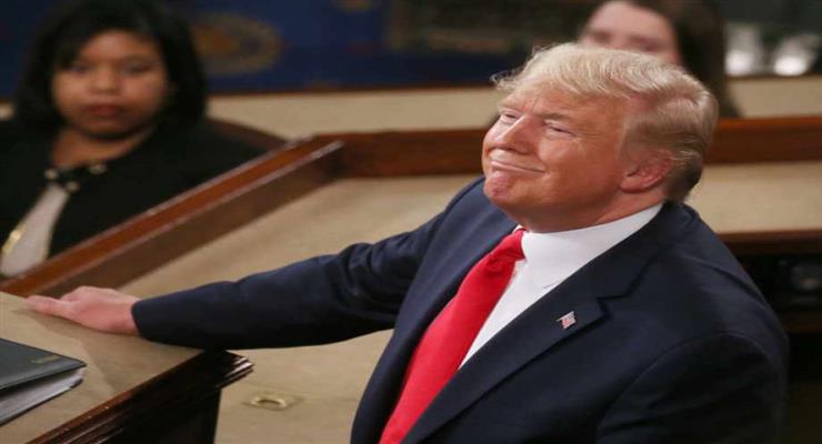Спасенный от импичмента Трамп выпустил дразнящее видео в Твиттере