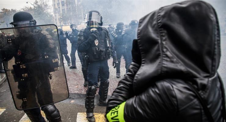 32 человека арестовано после очередного протеста «желтых жилетов»
