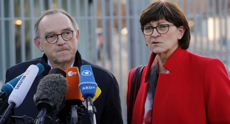 Немецкая коалиция призвала к новым выборам в Тюрингии