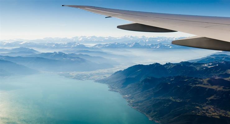В Германии отменено более 200 рейсов