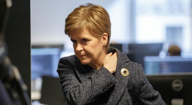 Первый шотландский министр призывает Лондон