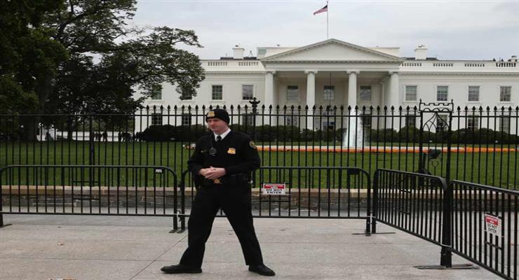 Человек пришел в Белый дом с огромным ножом, чтобы убить Трампа
