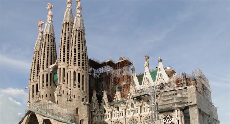 Коронавирус отменил ключевой форум в Барселоне