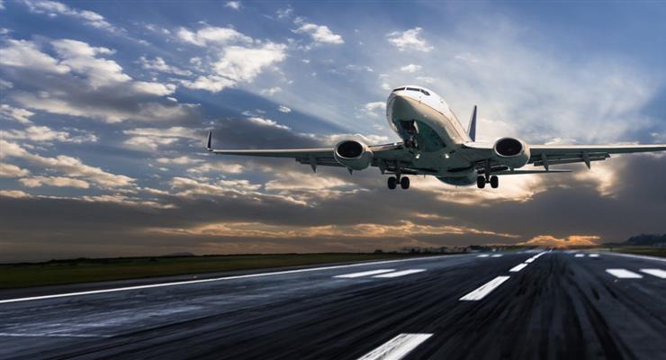 Два года тюрьмы британке, за попытку открыть дверь самолета во время полета