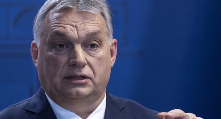 Венгрия готовит национальный опрос относительно выплаты пособий цыганам и заключенным