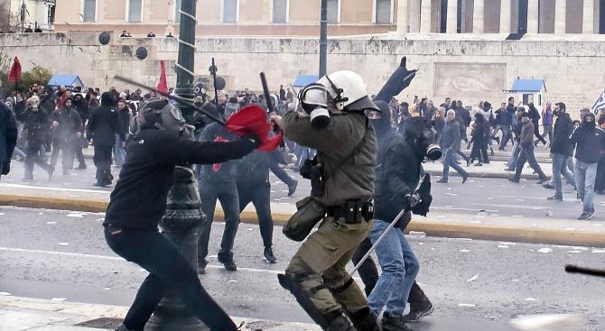 Забастовки блокируют Афины