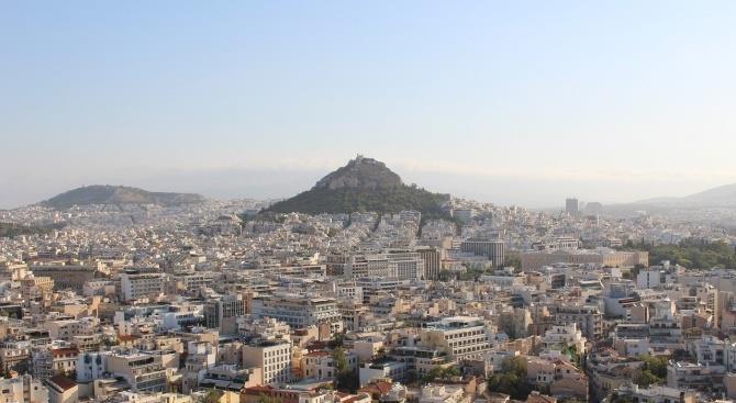 24-часовая забастовка парализует Афины
