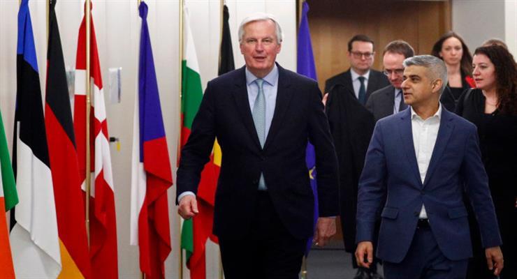 Брюссель разбил надежды Лондона на торговую сделку с Канадой