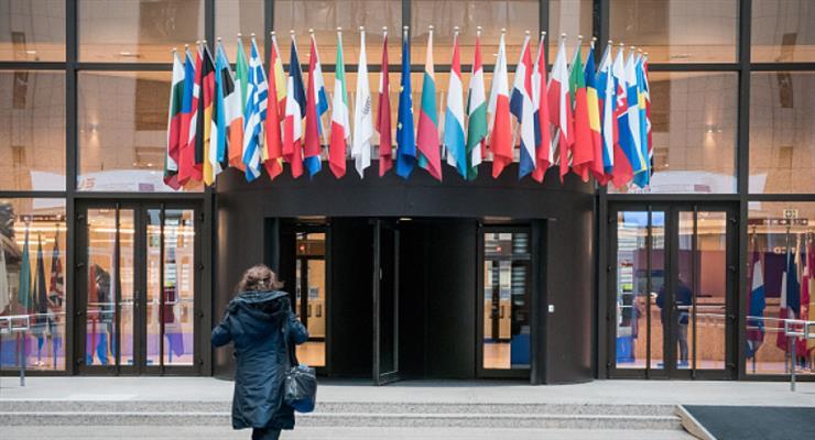 Евролидеры начинают битву за бюджет
