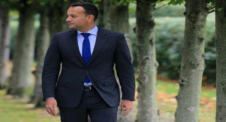 Премьер-министр Ирландии подал в отставку, но пока остается на должности