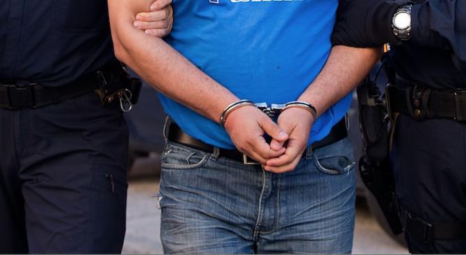 Сотни были задержаны перед демонстрацией оппозиционных партий в Казахстане