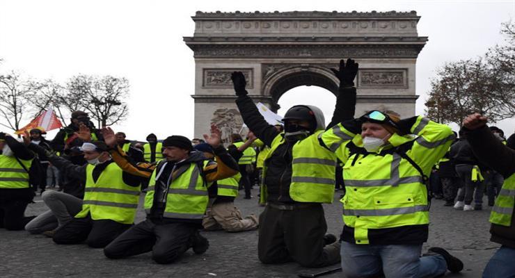 Задержан лидер желтых жилетов в Париже