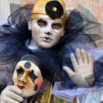 Коронавірус зупинив карнавал у Венеції