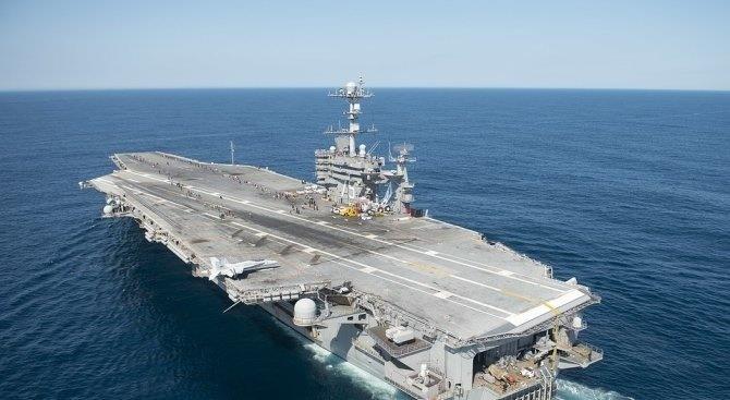 Американский военный корабль вошел в Черное море, российский флот последовал за ним
