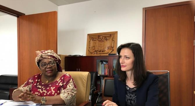 Как ЕС может помочь образованию в Африке?