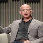 Джефф Безос продав акції Amazon майже на 2 мільярди доларів