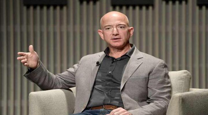 Джефф Безос продав акції своєї Amazon Inc. на 1,8 мільярда доларів
