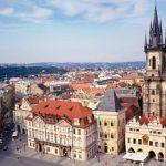 Мер Праги вирішив, що місто потребує захисту від навали іноземних туристів