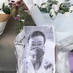 Смерть лікаря з Ухані, який попереджав про небезпеку коронавіруса, викликала гнів у Китаї