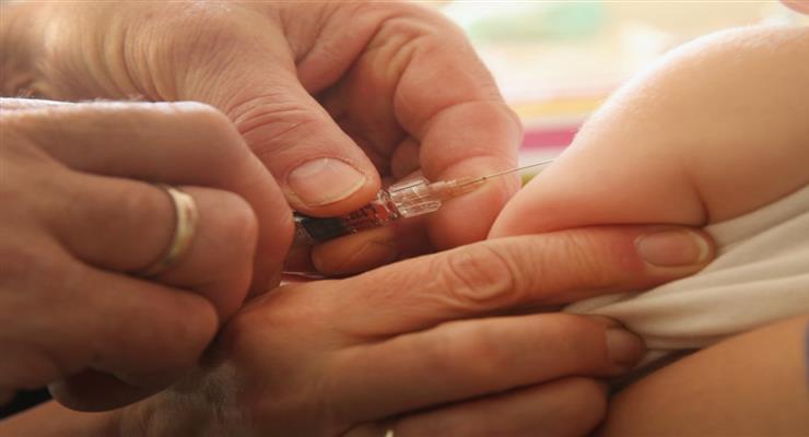 Германия приняла обязательную вакцинацию против оспы