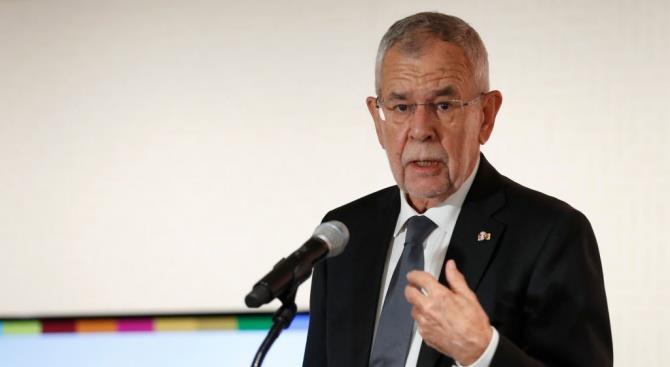 Президент Австрии: мы должны проявлять больше обязательств по приему мигрантов