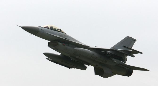 Турецкие истребители пролетели над греческим островом