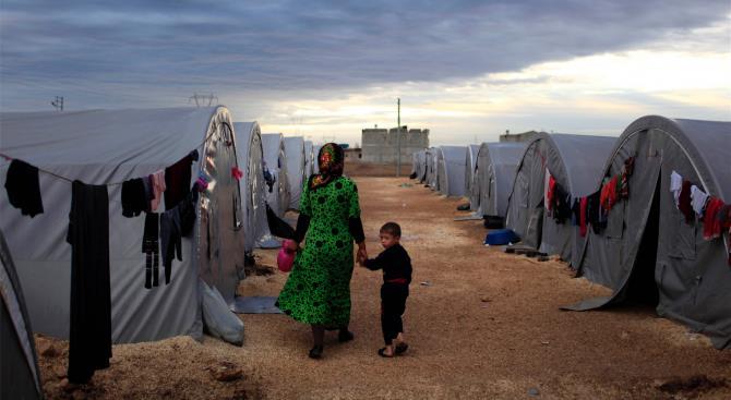 Греция строит лагерь беженцев в 15 км от Болгарии