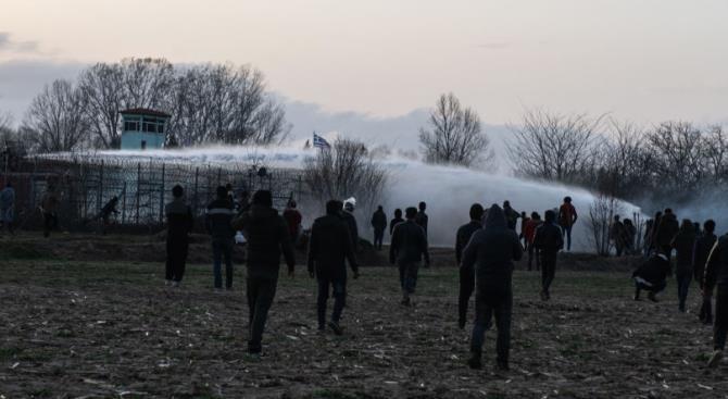 Греция расширяет забор вдоль границы с Турцией
