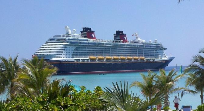 45 человек, зараженных коронавирусом на борту круизного лайнера в Египте, были эвакуированы