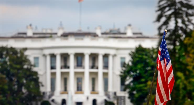 США рассматривают возможность введения чрезвычайного положения