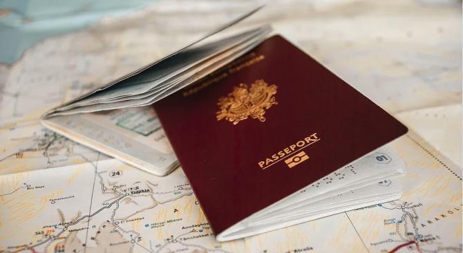 Индия прекратила выдачу туристических виз