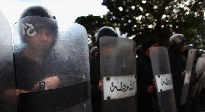 Тунис комендантский час для коронавируса