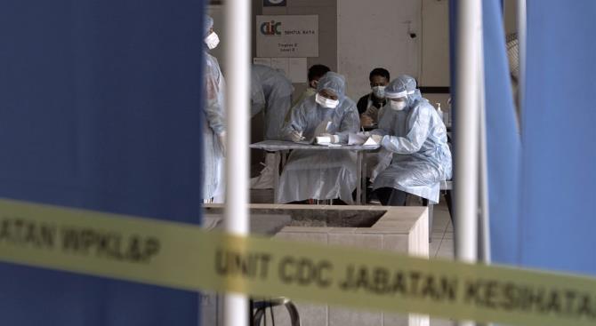Фармацевтическая промышленность не может покрыть потребность в тестах на коронавирус